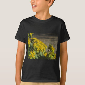Succulent plant with yellow flowers T-Shirt