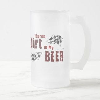 Suciedad en taza de cerveza