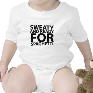 sudoroso y listo para los espaguetis tshirts.png traje de bebé