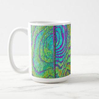 Suelo de madera del arco iris taza básica blanca