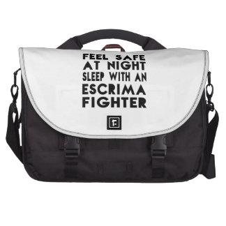Sueño con diseños divertidos del combatiente de bolsas para portatil