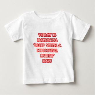 """""""Sueño con el día nacional de una enfermera Tee Shirts"""