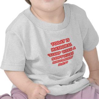 """""""Sueño con el día nacional de una Software Enginee Camisetas"""