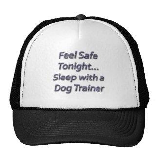 sueño con un adiestrador de perros gorras