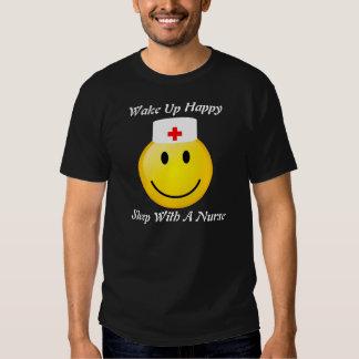Sueño con una camisa de la enfermera