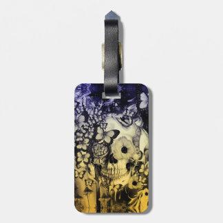 Sueño cráneo en el ejemplo del bosque etiquetas para equipaje