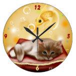 Sueño del gatito relojes