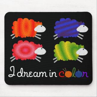 sueño en ovejas del color alfombrilla de ratones