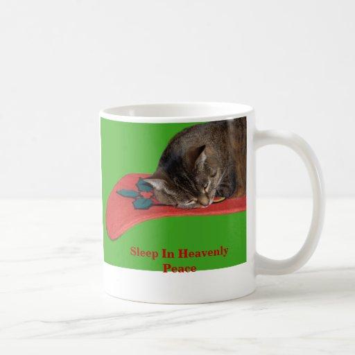 Sueño en taza de café divina de la paz