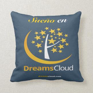 Sueño en throw pillow