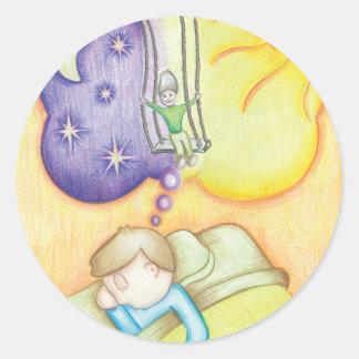 Sueño en un oscilación pegatina redonda