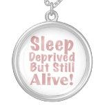 Sueño privado pero aún vivo pendientes personalizados