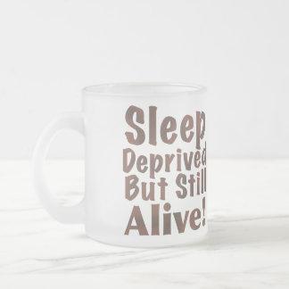 Sueño privado pero aún vivo en Brown Tazas De Café