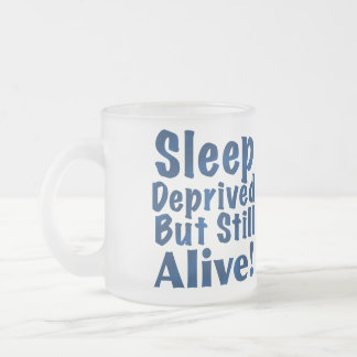 Sueño privado pero aún vivo tazas de café
