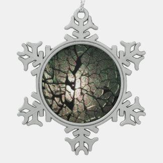 Sueño quebrado adorno de peltre en forma de copo de nieve