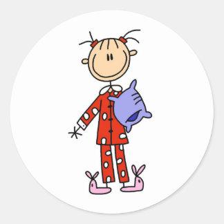 Sueño sobre chica en su pegatina de los pijamas