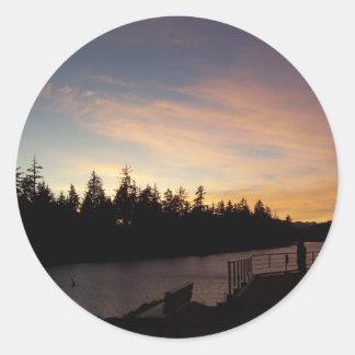 Sueños de oro de la puesta del sol etiquetas redondas