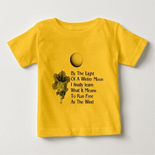 Sueños del lobo playera de bebé