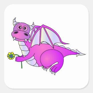 Sueños dulces - dragón púrpura lindo con la flor pegatina cuadrada