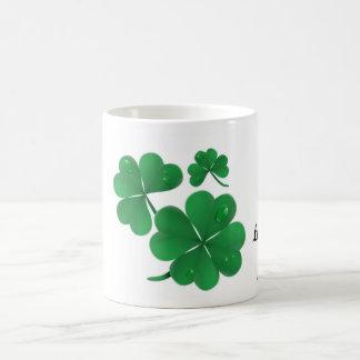 Suerte de la taza irlandesa