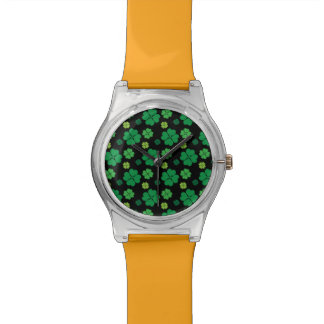 Suerte del día del St Patricks del trébol de cuatr Relojes De Mano