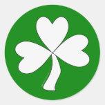 Suerte irlandesa del día de St Patrick blanco del Etiqueta Redonda