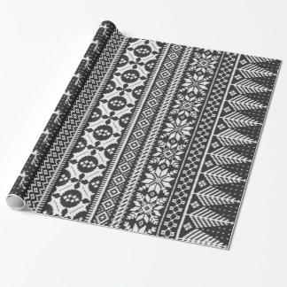 suéter justo blanco y negro del punto de la isla papel de regalo