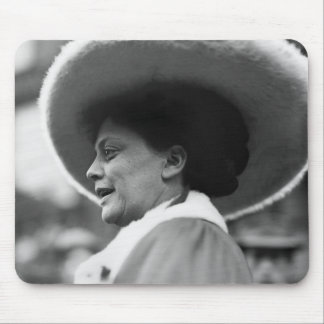 Suffragette Speaking, 1908 Mouse Pad