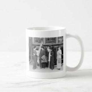 Suffragettes enérgico, 1914 taza de café