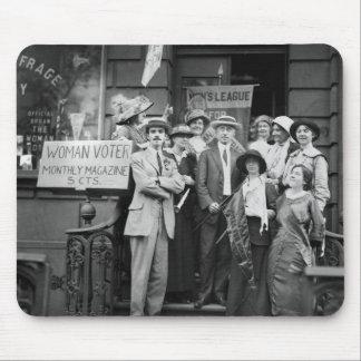 Suffragettes y su Men, 1913 Alfombrilla De Raton