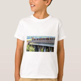 SUGAR CANE TRAIN RURAL QUEENSLAND AUSTRALIA T-Shirt