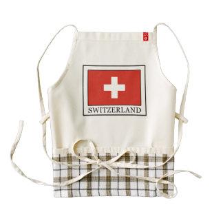 Suiza Delantal Zazzle HEART