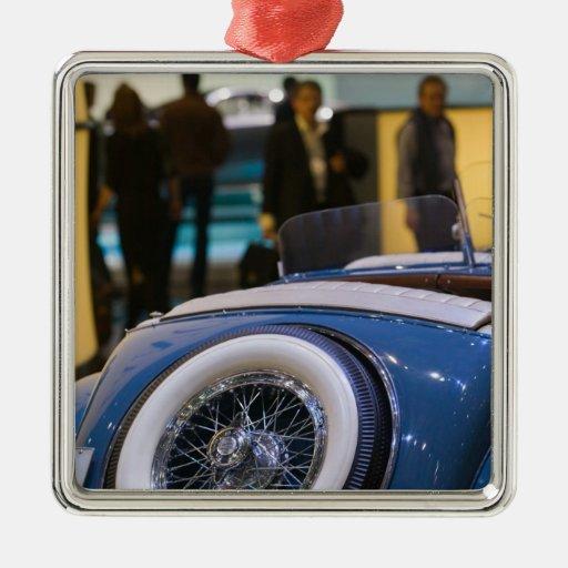 SUIZA, GINEBRA: 75.o Auto anual 7 de Ginebra Ornato