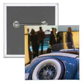 SUIZA, GINEBRA: 75.o Auto anual 7 de Ginebra Pin Cuadrado