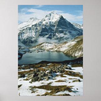 Suiza, Grindelwald, montañas de Bernese, visión Póster