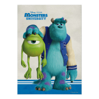 Sulley que sostiene Mike Póster