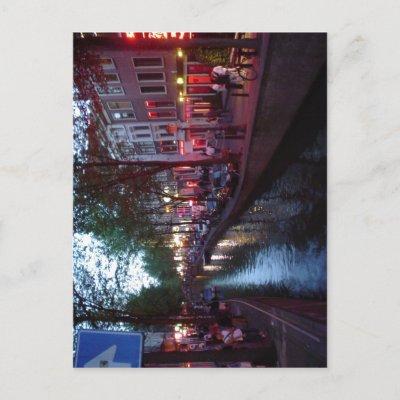 Summary Espa?ol: Calle del barrio Rojo de Amsterda Post Cards