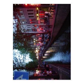 Summary Espa?ol: Calle del barrio Rojo de Amsterda Postcard