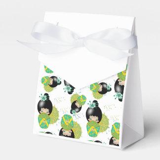 Summer Kokeshi Doll Tent Gift Box