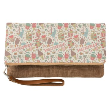 Beach Themed Summer Pattern With Ice Cream Clutch