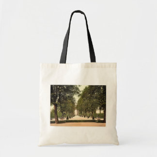 Summer theatre at Herrenhausen, Hanover, Hanover, Tote Bags