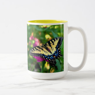 Summer Visitor Two-Tone Coffee Mug