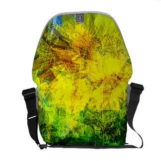 Summer wind gust Medium Messenger Bag