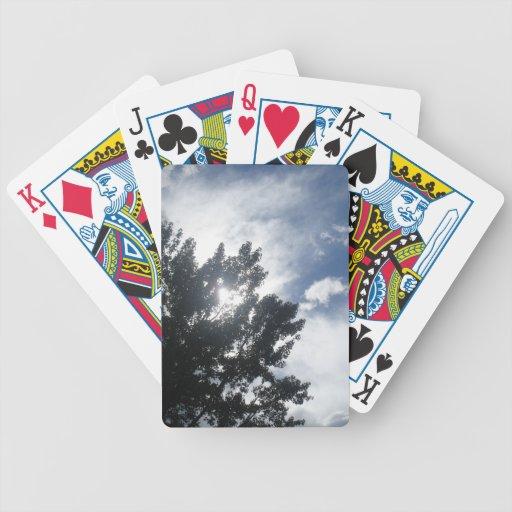Sun a través de las nubes baraja cartas de poker