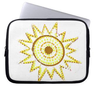 Sun amarillo en recorte del Grunge de las luces Funda Portátil