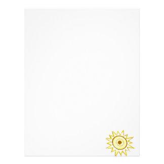 Sun amarillo en recorte del Grunge de las luces Membrete Personalizado