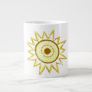 Sun amarillo en recorte del Grunge de las luces Taza Grande