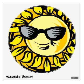 Sun amarillo sonriente con las sombras vinilo