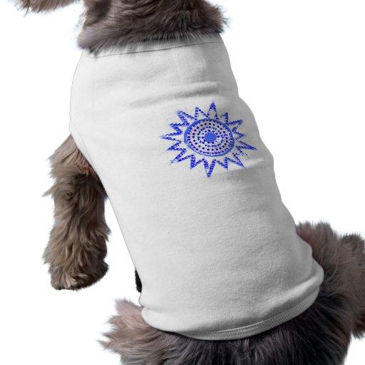 Sun azul en recorte del Grunge de las luces Camisas De Mascota