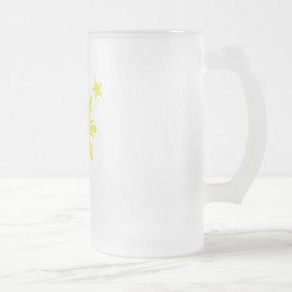 Sun básico filipino y estrellas - amarillo taza de café